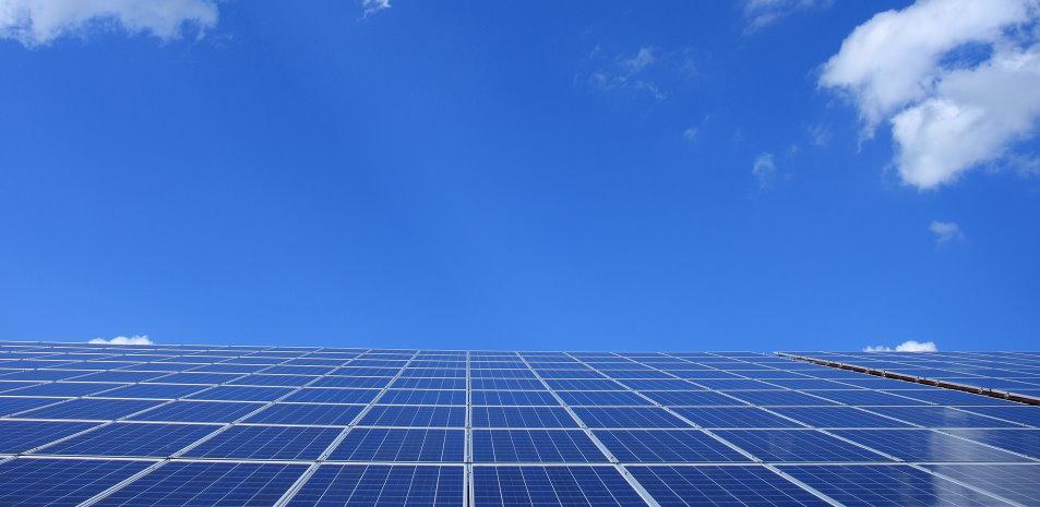 solar-panels-bg